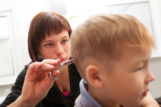 איך ילדים נדבקים בתופעה של כינים וכיצד מטפלים ?